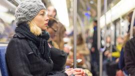 Öffentliche Verkehrsmittel Ubahn Herbst Winter - © Shutterstock
